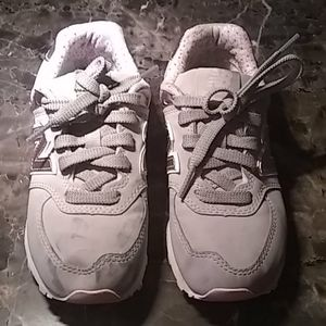 New Balance light grey and pink sneakers
